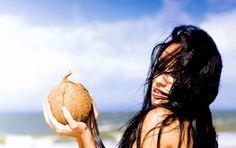 Hướng dẫn ủ tóc hiệu quả bằng dầu dừa nguyên chất - Vua Dầu Dừa - Dầu Dừa Nguyên Chất làm thủ công