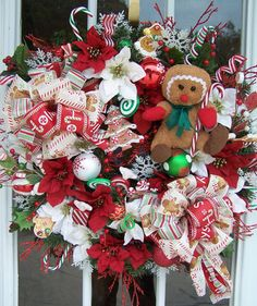 "Christmas Holiday Large Door Decoration Wreath ""Holiday Gingerbread and Candies"""