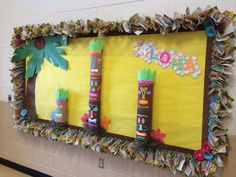 Hawaiian themed bulletin board Beach Bulletin Boards, Classroom Bulletin Boards, Classroom Themes, Class Decoration, School Decorations, School Themes, Luau Theme, Hawaiian Theme, Luau Crafts
