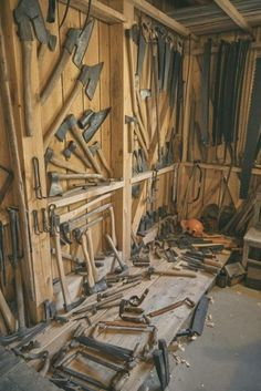 25 Man Cave Garage Ideas For Your In-House You Must See . - 25 Man Cave Garage Ideas For Your In House You Must See design ideas design ideas diy ideas for men ideas man cave ideas organize Antique Woodworking Tools, Antique Tools, Vintage Tools, Woodworking Shop, Woodworking Bench, Woodworking Projects, Easy Garage Storage, Tool Storage, Lumber Storage