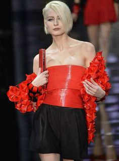 O inverno 2015 couture de Giorgio Armani Foto: MIGUEL MEDINA / AFP