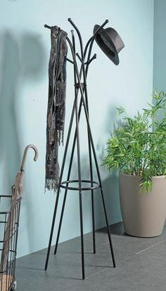 Ronda, Tripod Lamp, New Homes, Lighting, Furniture, Home Decor, Ideas Para, Ranger, Bedroom