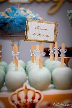 Meninas... ...vejam algumas fotos m-a-r-a-v-i-l-h-o-s-a-s que Gabi Ferraz fez da decoração do Aniversário de 1 ano do Príncipe Thiago...tu...