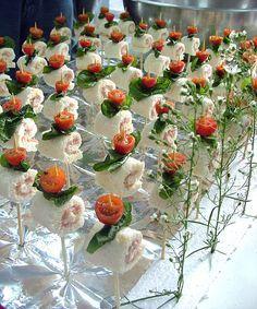 Rolinhos de sandubinhas.(chá de cozinha ou de jardim)