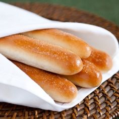 Olive Garden Breadsticks Copycat Recipe - soft, fluffy and perfectly delicious!