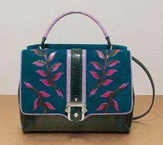 Альтернатива Celin! Прекрасная многоцветная вместительная, но при этом компактная сумка FAYE от Paula Cademartori/ FW12-13. Адреса магазинов в Москве и др.старанах на http://www.paulacademartori.com