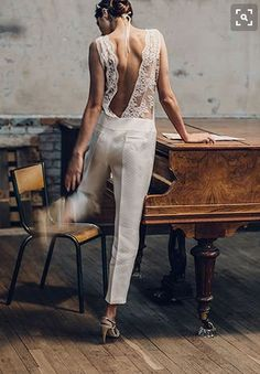 Jumpsuit Wedding Dresses, Shira Weinberger Photography, Modern Bride, Modern Wedding, Pantssuit, Laure de Sagazan