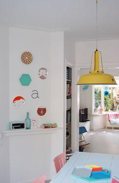 in het jaren 30 huis van Antoinette, Henk, hun zoons Teun en Roef en hond Lola - Inspiratie voor je interieur
