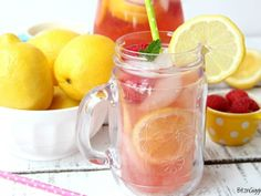43 Ridiculously Easy & Delicious Baby Shower Punch Recipes & Refreshments - Tulamama Wedding Punch Recipes, Pink Punch Recipes, Summer Punch Recipes, Champagne Punch Recipes, Punch Recipes For Kids, Pink Lemonade Recipes, Alcoholic Punch Recipes, Party Punch Recipes, Homemade Lemonade