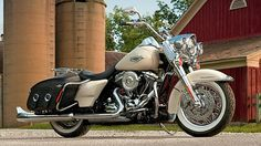 2015 Harley Road King Classic | Harley-Davidson Road King Classic Shows 2014 Upgrades [Photo Gallery]