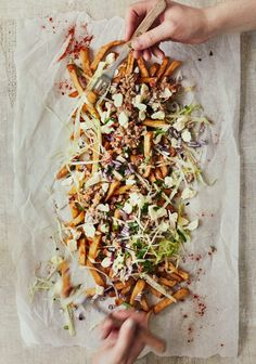 Food Photography Styling, Food Styling, Appetizer Recipes, Appetizers, Poutine, Street Food, Ground Beef, Food Inspiration, Entrees