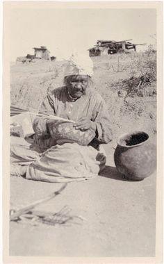 Manuela Costa - Cahuilla - 1917 Native American Pictures, Native American Women, American Indians, American Life, Antique Photos, Vintage Photos, San Bernardino Mountains, Indian Village, Indian Tribes