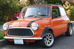 Classic vintage Mini Cooper...Must. Own. Someday :)