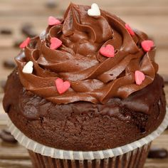 This coffee cupcakes recipe coated with a chocolate butter cream frosting will be well enjoyed!