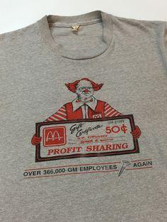 Worlds Best Employee Vintage Retro T-Shirt