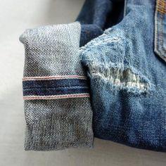 "selvedge-socks-shoes: """"💙 #regram @raw.denim #nudie #nudiejeans #fadefriday #details #outfit #selvage #selvedge #selvedgedenim #rawdenim #drydenim #denim #denimhead #whiskers #fade #worn #indigo #blue..."