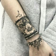 Best Stunning 💕 Full and Half Sleeve Tattoos Ideas for Women 2019 – Diaror Diary – Page 18 ♥ 𝕴𝖋 𝖀 𝕷𝖎𝖐𝖊, 𝕱𝖔𝖑𝖑𝖔𝖜 𝖀𝖘!♥ ♥ ♥ ♥ ♥ ♥ ♥ ♥ ♥ ♥Hope you like this full sleeve tattoos collection! ღ♥ 𝕔𝕠𝕠𝕝 𝕗𝕦𝕝𝕝 𝕤𝕝𝕖𝕖𝕧𝕖 𝕥𝕒𝕥𝕥𝕠𝕠𝕤 … Full Sleeve Tattoos, Tattoo Sleeve Designs, Forearm Tattoos, Body Art Tattoos, Tatoos, Sleeve Tattoo Women, Wrist Band Tattoo, Tattoo Art, Half Sleeve Tattoos For Women