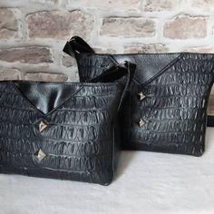✃ BY NATH sur Instagram: Des jumeaux... ou presque ! C'est le sac Mambo de @patrons_sacotin. Le petit (version small) c'est le mien. Je l'utilise depuis cet été…