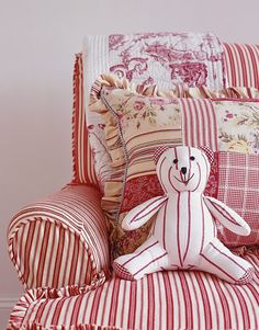 How to Decorate with White and Red - Red and White Decorating - Country Living#slide-1