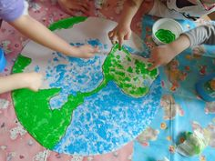 Den Země Earth Day Activities, Space Activities, Craft Activities, Earth Day Projects, Earth Day Crafts, Jungle Crafts, Toilet Roll Craft, Environment Day, Step Kids