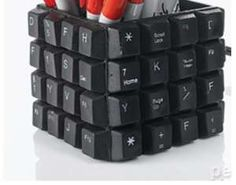 keyboard-pencil-cup