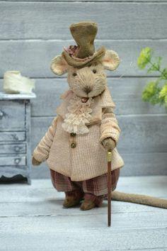Betty and Bertie by Olga Bregeda - Bear Pile Needle Felted Animals, Felt Animals, Needle Felting, Cute Animals, Creative Pictures, Creative Art, Crochet Mouse, Fairy Figurines, Felt Mouse