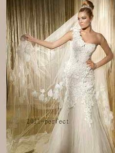 Demetrios wedding gowns & dresses makes luxury affordable. Explore all of our wedding gowns & evening dresses collections and find a store near you. Chapel Wedding Dresses, Wedding Dresses Photos, Wedding Dress Styles, Wedding Gowns, Wedding Bells, Gatsby Wedding, Bride Dresses, Ball Dresses, Wedding Attire