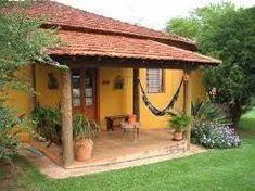 """Résultat de recherche d'images pour """"casinha branca de varanda com quintal e uma janela brasil"""""""