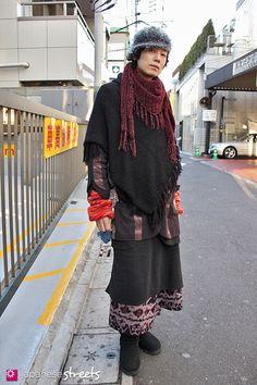 100104-6438-EK: - Japanese street fashion in Harajuku, Tokyo
