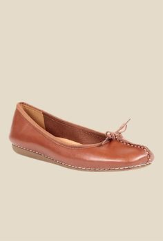 442fee58d Buy Clarks Freckle Ice Dark Tan Flat Ballets for Women at Best Price   Tata  CLiQ