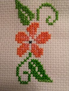 Tiny Cross Stitch, Cross Stitch Borders, Cross Stitch Flowers, Cross Stitch Designs, Cross Stitching, Cross Stitch Patterns, Hand Embroidery Patterns, Ribbon Embroidery, Cross Stitch Embroidery