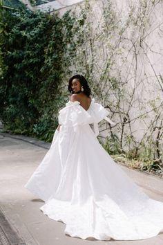 Beautiful Wedding Gowns, Glamorous Wedding, Beautiful Bride, Dream Wedding, Bridal Outfits, Bridal Dresses, Black Bride, Bridal Looks, Wedding Bells