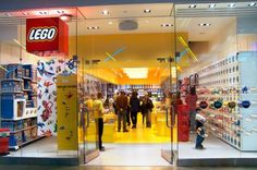I enjoyed going to the Lego Store in Seattle. Is the Vancouver store open?