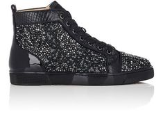 CHRISTIAN LOUBOUTIN Louis Flat Sneakers. #christianlouboutin #shoes #sneakers