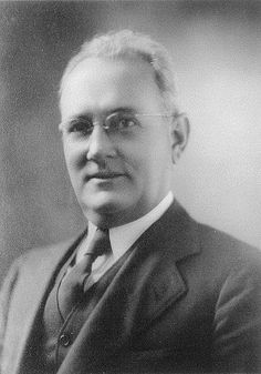 President Edward William Oeffinger 1920-1921  A native of San Antonio, Mr. Oeffinger was born June 5, 1892. He received his education in the San Antonio public schools and the Rossy School.