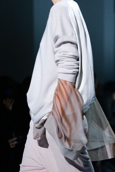 Haider Ackermann Spring 2015 Ready-to-Wear - Details - Gallery - Look 1 - Style.com  reverse peek