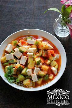 Mexican squash with cheese - 2 Mexican Vegetables, Veggies, Side Recipes, Healthy Recipes, Vegetarian Recipes, Calabacitas Recipe, Peach Tart Recipes, Mexican Squash, Mexican Food Recipes