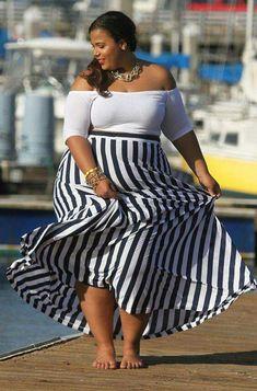Editor's #Style Picks - Monochrome styles for curvy ladies. #ZenMagazine | For more visit, www.zenmagazineafrica.com
