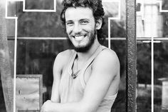 Cool Springsteen timeline w/ embedded videos, stories - from Rollingstone.com
