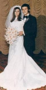 Actor/Comedian Billy Crystal and Janice Goldfinger married in 1970