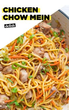 This Chicken Chow Mein = Serious Hangover Helper Than Take-OutDelish chow mein recipe chinese food This Chicken Chow Mein = Serious Hangover Helper Chicken Lo Mein, Simple Chicken Chow Mein Recipe, Asian Recipes, Ethnic Recipes, Chinese Recipes, Oriental Recipes, Oriental Food, Asian Cooking, Chinese Food