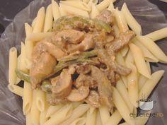 Vitel Stroganoff Slow Cooker, Shrimp, Good Food, Chicken, Meat, Recipes, Drinks, Rome, Drinking
