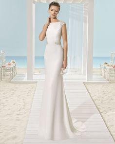 Traje de novia silueta de crepe. Colección 2017 Aire Barcelona Beach Wedding