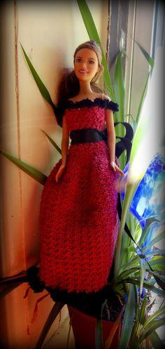 Easy pattern.    Crochet  Barbie   dress   Evening gown   pretty Cherise Barbie Dress Free Crochet Pattern