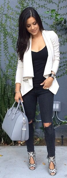 Black And White Fall Outfit Idea by The Honeybee