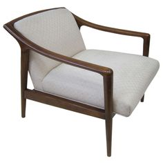 1stdibs.com | Fine Mid Century Sculpted Lounge Chair