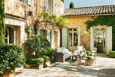 Photo number 47 of Mas des Ange French Cottage, French Country House, French Farmhouse, Outdoor Rooms, Outdoor Living, Mediterranean Homes, Garden Spaces, Exterior Design, Exterior Colors