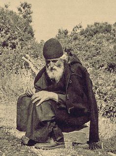"""""""Indifferent and merciless people, who think only of their own selves, insensitively satisfying themselves, simultaneously fill their hearts with much anguish. Within them works the little worm of a. Spiritual Warrior, Spiritual Life, Miséricorde Divine, Orthodox Christianity, Orthodox Icons, Kirchen, Religious Art, Our Lady, Christian Faith"""