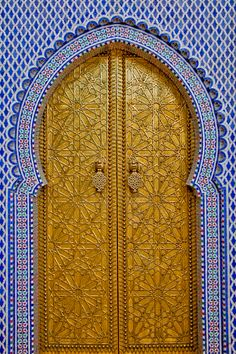 Handcrafted palace gates in Fez! #Travel #Morocco #Architecture