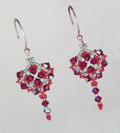 Free pattern for earrings Helga Click on link to get pattern - http://beadsmagic.com/?p=4455